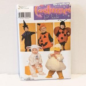2/$20 Simplicity 4007 pattern Halloween costume